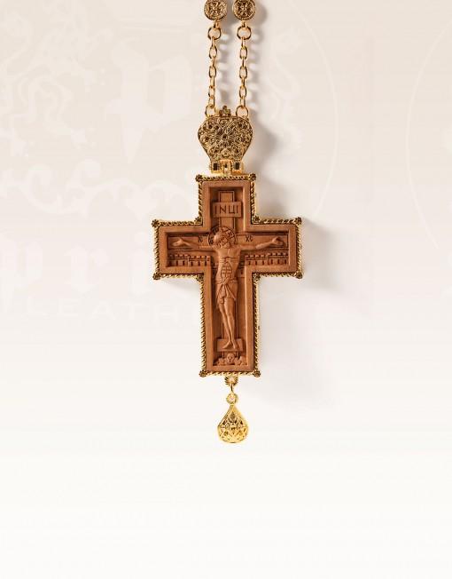 naprsni-krst-pozlacen-8111